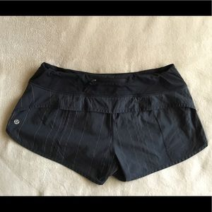 Lululemon athletica gray/black shorts sz.8 $35